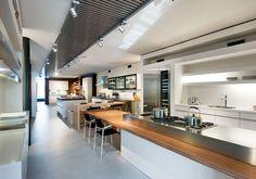Goedhart Keukens - Inspiratie Next125 - andere oplossing keukenwand met flinke koelkast in RVS