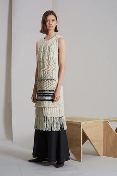 http://www.vogue.com/fashion-shows/resort-2018/derek-lam/slideshow/collection