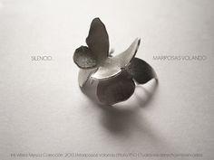 Mariposas Volando by Iris Velez Mesa, via Behance