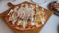 Pizza tészta. Hogyan készül ez az olaszos étel ? - Séfbabér Pizza T, Hawaiian Pizza, Quiche, Minden, Cheese, Breakfast, Food, Morning Coffee, Essen