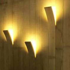Clever wood wall lights