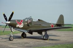 Bell RP-63C Kingcobra,44-4393 of the Fighter Collection resplendent in Soviet Air Force markings. Sadly, this crashed near La Ferte-Alais in France on 4.6.90 and was written off.