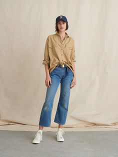Keeper Button-Down in Paper Cotton – Alex Mill Oversized Button Down Shirt, Button Up Shirts, Oversized Jeans, Women's Shirts, Yellow Clothes, Jumpsuit Dress, Vintage Denim, New Outfits, Work Outfits