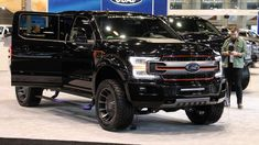 The Ford Harley-Davidson Edition has a revised suspension with Fox shocks and rides on wheels with all-terrain tires. Ford Harley Davidson, Ford Trucks, Pickup Trucks, Goodyear Tires, Harley Bikes, 2019 Ford, Ford Raptor, Fender Flares, Ford Models