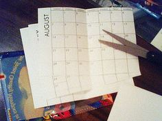 free 2011 printable pocket calendar/planner