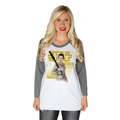 """This women's baseball raglan is white with grey sleeves and it shows Rey on the front and the Star Wars rebel logo on that back with the word """"Resistance"""". Star Wars Outfits, Disney Bound Outfits, Nerd Fashion, Disney Fashion, Rey Star Wars, Fandom Outfits, Star Wars Tshirt, Fashion Articles, Raglan Shirts"""