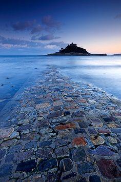 St Michael's Mount, Cornwall © Helen Dixon