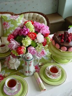 Tea Time & Cake..Very Pretty!