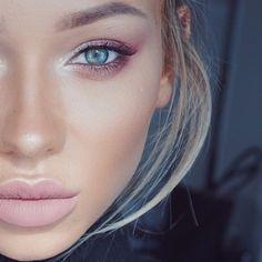 My favorite lipstick @doseofcolors Truffle!!! ❤️