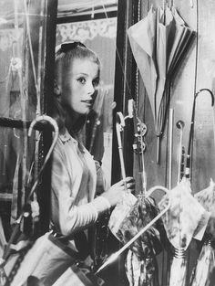 Catherine Deneuve in Les parapluies de Cherbourg.