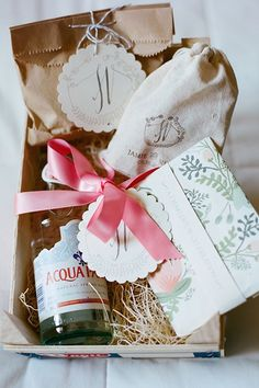 How to Create the Perfect Out-of-Town Guest Goodie Bag | Brides.com
