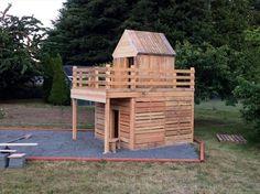 Pallet Playhouse For Kids Fun