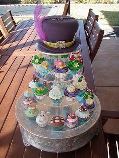 Mossy's Masterpiece - Sharnna's 13th Birthday Alice in Wonderland Cake & cupcakes