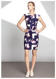 Catwalk Fashion, Pencil Dress, Celebrity Style, Archive, Dresses For Work, Feminine, Fashion Design, Fashion Trends, Elegant