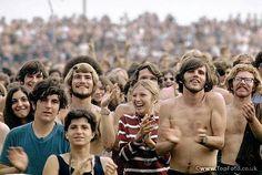 Bethel New York:  Woodstock Festival 1969. Crowd applauding performers. ©Tom Miner / The Image Works