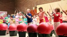 Drums Alive program - combining movement, PE and basic skills for cross curriculum! AMAZING Original article and pictures take https:. Health And Physical Education, Music Education, Drum Lessons, Music Lessons, Teaching Music, Teaching Kids, Cardio Drumming, Kindergarten Songs, Music Lesson Plans