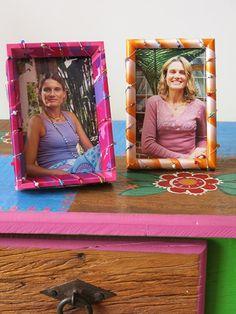 Porta-retratos com fitas trançadas - Clube de Artesanato