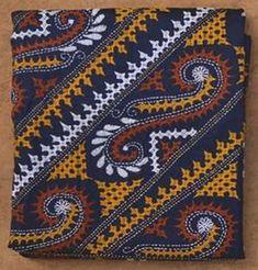 Fashion design textiles sweaters 40 new Ideas Embroidery On Kurtis, Hand Embroidery Dress, Kurti Embroidery Design, Hand Embroidery Videos, Hand Embroidery Designs, Embroidery Techniques, Embroidery Patterns, Kasuti Embroidery, Embroidery Stitches
