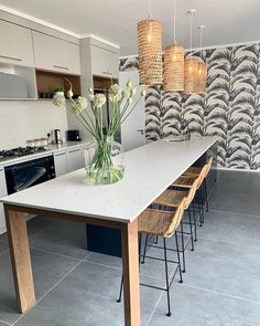 Gorgeous Hertex Wallpaper transforming the kitchen. Decor, Furniture, Kitchen Wallpaper, Interior, Kitchen Decor, Dining Table, Home Decor, Trendy Kitchen, Wall Coverings