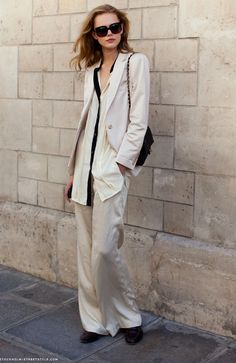 Must Try: PANTSUITS! try a tunic length shirt with a wide leg pant suit!