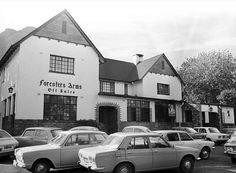 The Foresters Arms aka Forries, Newlands, Cape Town Cape Colony, Cape Town South Africa, Most Beautiful Cities, African History, Old Pictures, Arms, City, Drinking, Beer Quotes