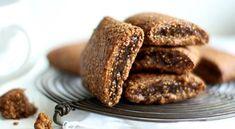 Kolay kurabiye tarifleri arasında en sevileni cevizli incirli kaya kurabiye tarifi sevdiklerinizin gözün... devamını okumak için tıklayın.