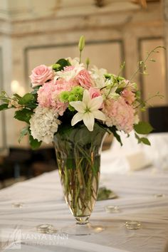 Flowers by The Floral Fixx http://www.thefloralfixx.ca Photo by Tanya Lynn Photography