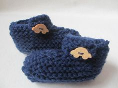 Items similar to Baby Booties navy blue - wooden car button months) on Etsy Wooden Car, Baby Booties, Knits, Beanie, Booty, Knitting, Trending Outfits, Unique Jewelry, Handmade Gifts