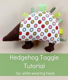 DIY Handmade Baby Toys : DIY Hedgehog Taggie