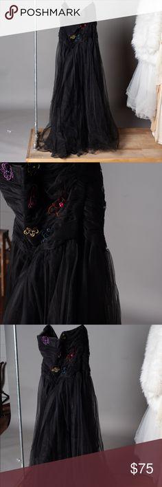 7e52468440 Lorelei Black Tulle w Floral Bodice Plus Size Prom Black Tulle Plus Size  Prom Dress with Floral Bodice lorelei Dresses Prom