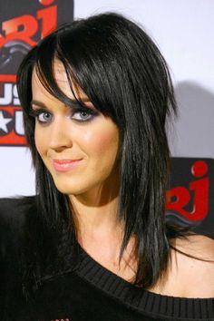 Omg love her hair!!!!!