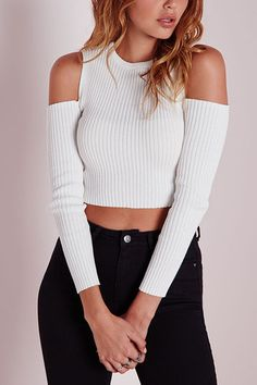 Fashion White Thread Knitted Cold Shoulder Crop Shirt