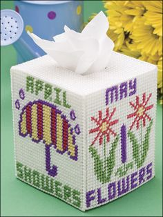 Plastic canvas tissue box cover. Pattern from Happy Holidays in Plastic Canvas at e-patternscentral.com