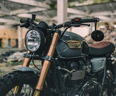 Triumph custom Cafe Racer From the time that I have written regarding Noble Enfield Bullet Triumph Street Scrambler, Triumph Cafe Racer, Triumph Scrambler, Cafe Racer Bikes, Cafe Racer Motorcycle, Triumph Motorcycles, Triumph Bonneville, Custom Motorcycles, Bobbers