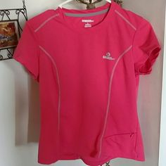 GANDER MOUNTAIN TEE Reflective Piping Small front pkt Pretty Pink :) Excellent Condition Can fit SMALL - LARGE depending on preference Gander Mountain Tops Tees - Short Sleeve