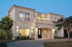 Housing Construcciones + ARQ / Casa estilo Clásico / Arquitecto / Arquitectos - PortaldeArquitectos.com