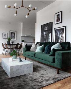 Scandi Living Room, Living Room Green, Living Room Modern, Living Room Interior, Rugs In Living Room, Living Room Designs, Modern Sofa, Green Living Room Furniture, Scandinavian Interior Living Room
