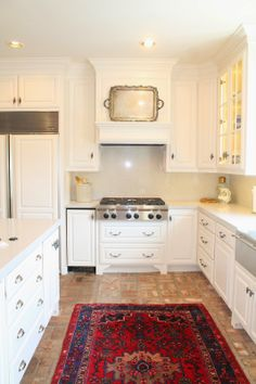 Unbelievable kitchen transformation.  So many great ideas!