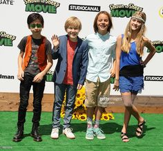 Aidan Gallagher, Casey Simpson, Mace Coronel and Lizzy Greene attend... News Photo | Getty Images