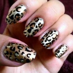 Shiny cheetah nails
