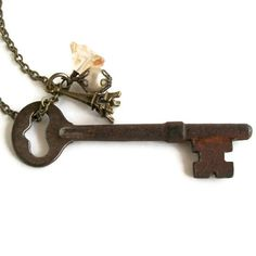 Real Skeleton Key Necklace Vintage Key Pendant Eiffel Tower Long Charm Necklace Paris Inspired Rustic Jewelry Freshwater Pearl Antique Brass