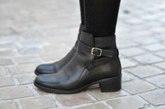 Low boots #fashion #shoes