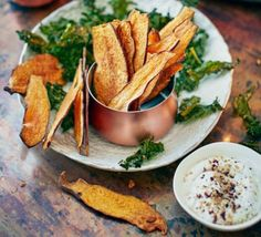 Sweet potato and kale crisps with garlicky dip 2016
