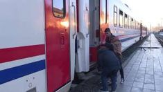 Turkey earthquake: survivors take shelter in trains Take Shelter, South Africa, Trains, Turkey, Turkey Country, Train