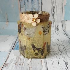 Check out this item in my Etsy shop https://www.etsy.com/uk/listing/552831731/upcycled-jar-with-chickens-decoupage