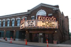 """Lincoln Theater"" in Lincoln Illinois  http://route66jp.info Route 66 blog ; http://2441.blog54.fc2.com https://www.facebook.com/groups/529713950495809/"