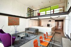 Modern Salt and Pepper House in D.C. Sprinkled with Color - http://freshome.com/modern-salt-and-pepper-house/