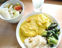 Tanja Bao English: Breakfast, Lunch and Dinner vol.4. Knödel with sauerkraut, broccoli and kohlrabi leaves. Salad and lemonwater.