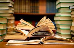 PETALI DI CILIEGIO ...per coltivare la speranza: Una manciata… di libri