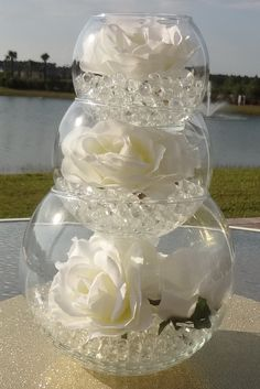 Beautiful wedding centerpiece using water beads.Maybe gold water beads. Wedding Table, Our Wedding, Dream Wedding, Wedding Venues, Wedding Reception, Reception Ideas, Trendy Wedding, Wedding Sparklers, Wedding Dress